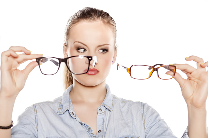 Picking Eyeglass Frames For Your Face : Choosing the right eye glasses frames for your face.