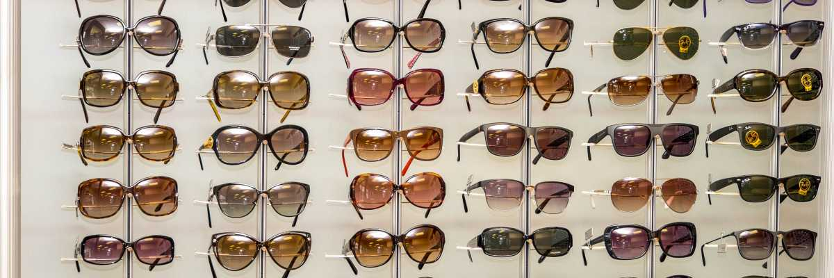 Glasses Frames Kitchener : Your Family Optometrist, Optician in Kitchener - Waterloo