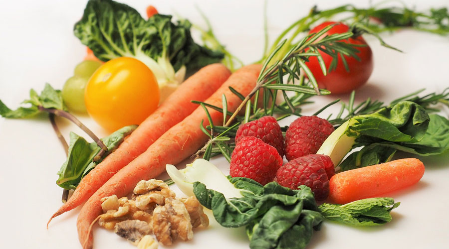 Eye-specialists-recommend-these-healthy-foods